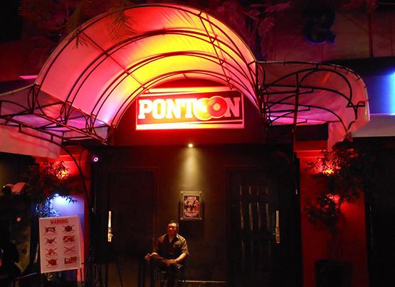 Pontoon Club